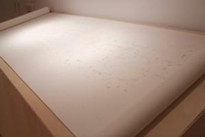 Naomi Cook, Pianola, 2013, encre sur papier, sound, 122 x 548.5 cm