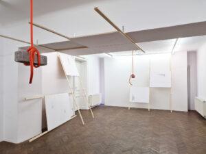 Michail Michailov, Keeps falling on my head, solo exhibition Projektraum Viktor Bucher, Vienna 2021 © Michail Michailov
