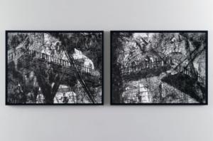 Nicolas Daubanes, Les spectateurs chez Piranèse Dessin sur papier à la poudre d'acier aimantée, 75×100 cm, 2015. ©Galerie Maubert